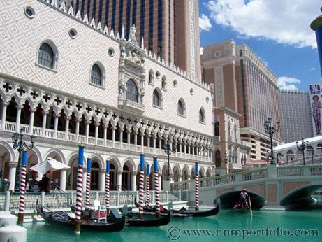 Las Vegas Hotels - Gondolas at The Venetian