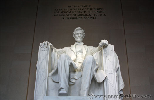 Washington DC Monuments - The Lincoln Memorial Statue