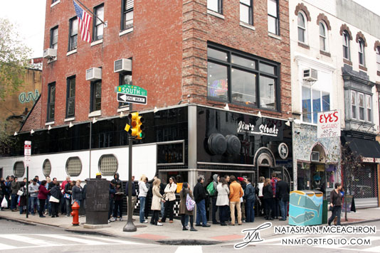 Philadelphia - People on line at Jim's Steaks on South Street